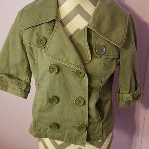 Army green short sleeve jacket